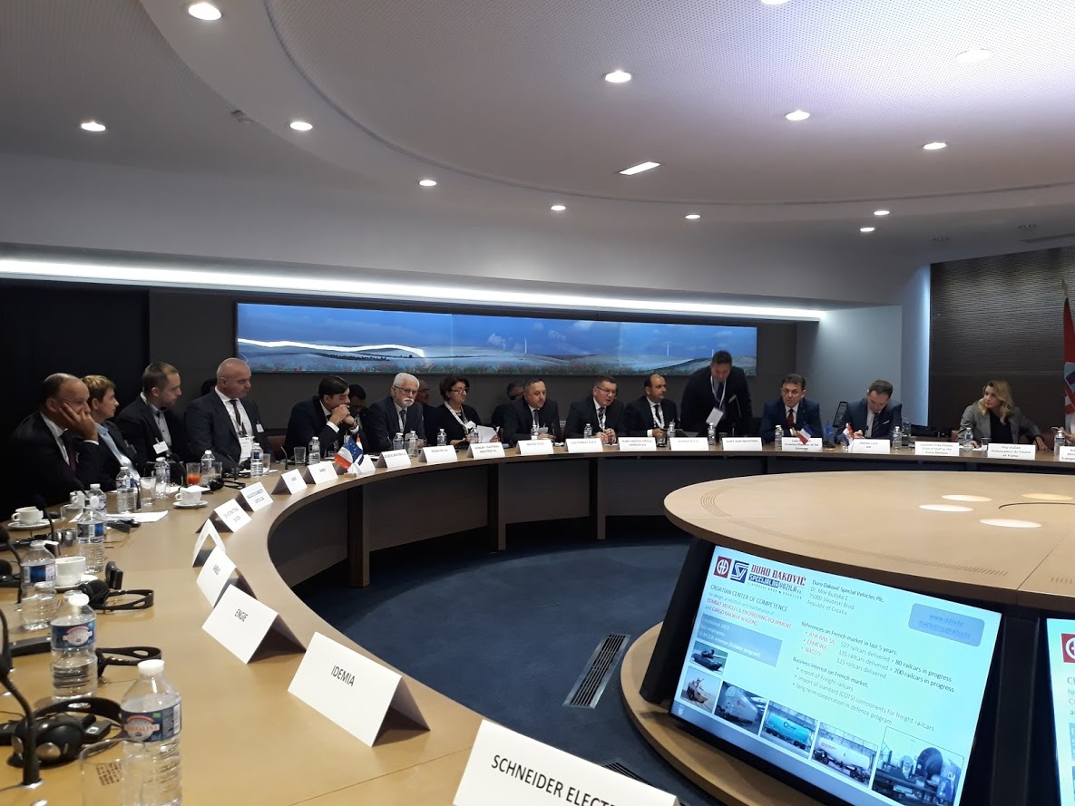 Managing Director invited French companies to invest in